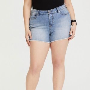 Torrid High Rise Frayed Hem Short Shorts Size 26W
